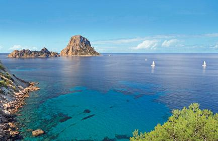Start planning your cruise and book your excursions in Ibiza and Formentera